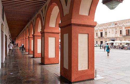 Laubengang an der Plaza de la Corredera
