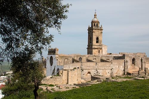Ruinen der alten Festung und Pfarrkirche